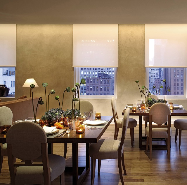 James Huniford & Stephen Sills  5 lighting tricks used by top interior designers 5 lighting tricks used by top interior designers modern dining room sills huniford new york new york 200704