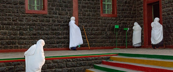 National Geographic's photo of the day: 6th January National Geographic's photo of the day: 6th January ethiopian orthodox prayer stanmeyer 74614 990x7421  Home ethiopian orthodox prayer stanmeyer 74614 990x7421