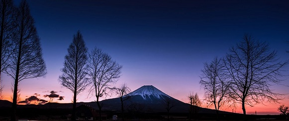 National Geographic's photo of the day: 21st July National Geographic's photo of the day: 21st July mount fuji sunrise reflection 81651 990x7421