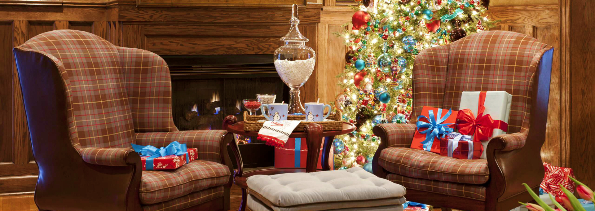 6 Must Read Interior Design Magazines with Best Christmas Tips Ever