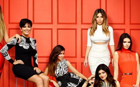 luxury homes The Luxury Homes From The Kardashians' Family kardashian main 480x300
