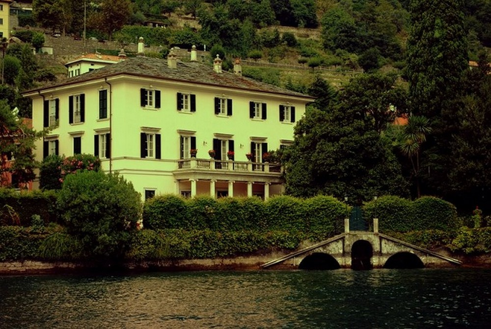 An Inside Tour Into One Of The George Clooney Lake Como Mansions George Clooney Lake Como Mansion An Inside Tour Into One Of The George Clooney Lake Como Mansions An Inside Tour Into One Of The George Clooney Lake Como Mansions 5