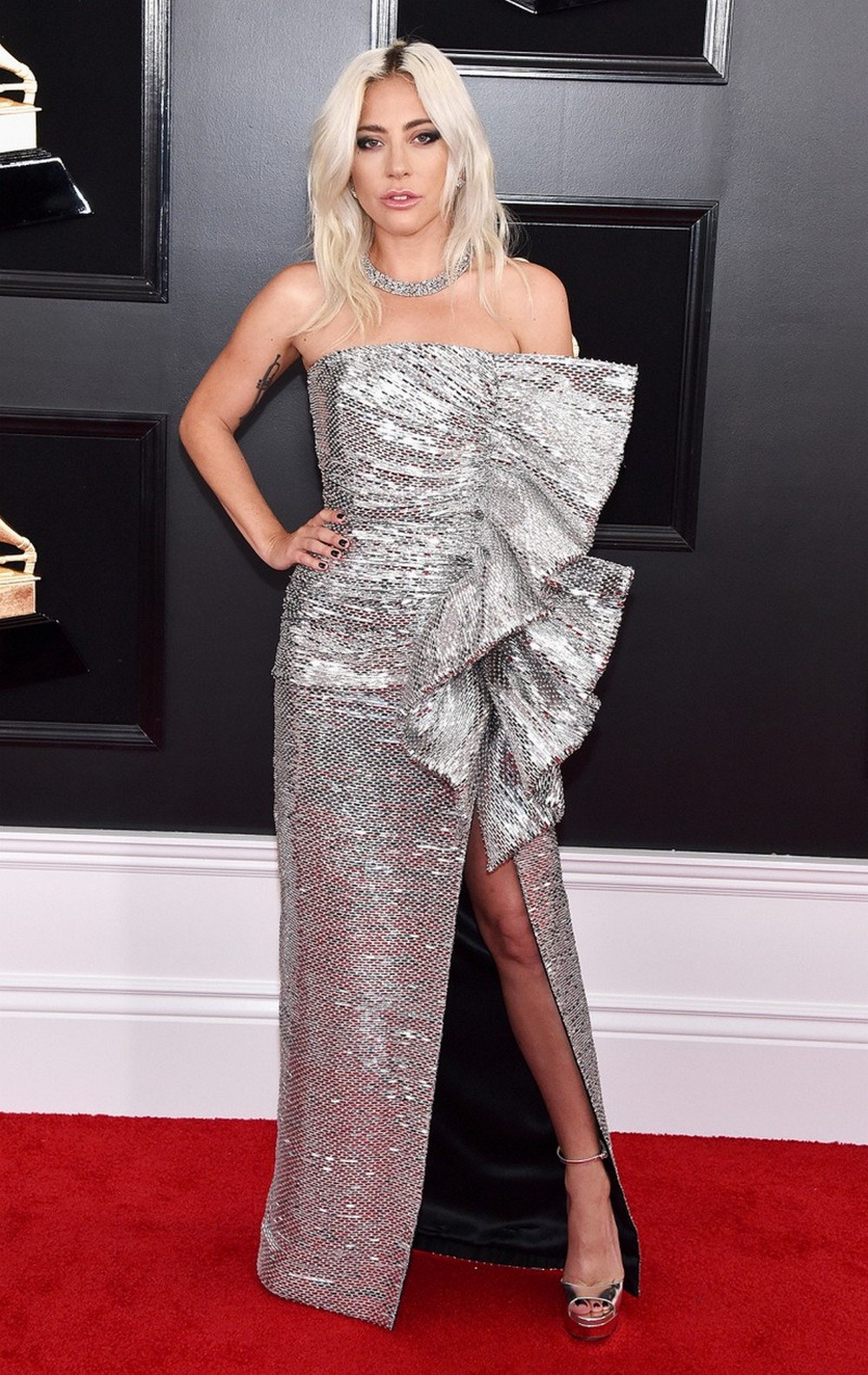 CovetED Reveals The Best High-Fashion Looks Of The 2019 Grammys 2019 grammys CovetED Reveals The Best High-Fashion Looks Of The 2019 Grammys CovetED Reveals The Best High Fashion Looks Of The 2019 Grammys 8