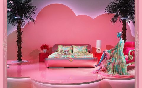 Versace And Its Eccentric Home Collection At Fuorisalone 2019 versace Versace And Its Eccentric Home Collection At Fuorisalone 2019 D3vAw5VXkAElXP0 480x300