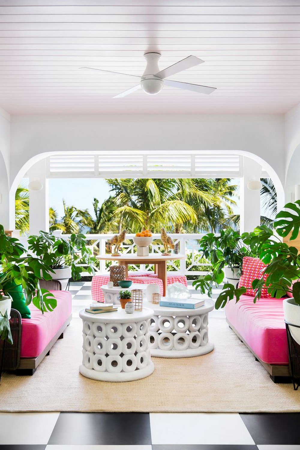 House Beautiful Shows The Trendiest Hospitality Project In The Bahamas house beautiful House Beautiful Shows The Trendiest Hospitality Project In The Bahamas House Beautiful Shows The Trendiest Hospitality Project In The Bahamas 2