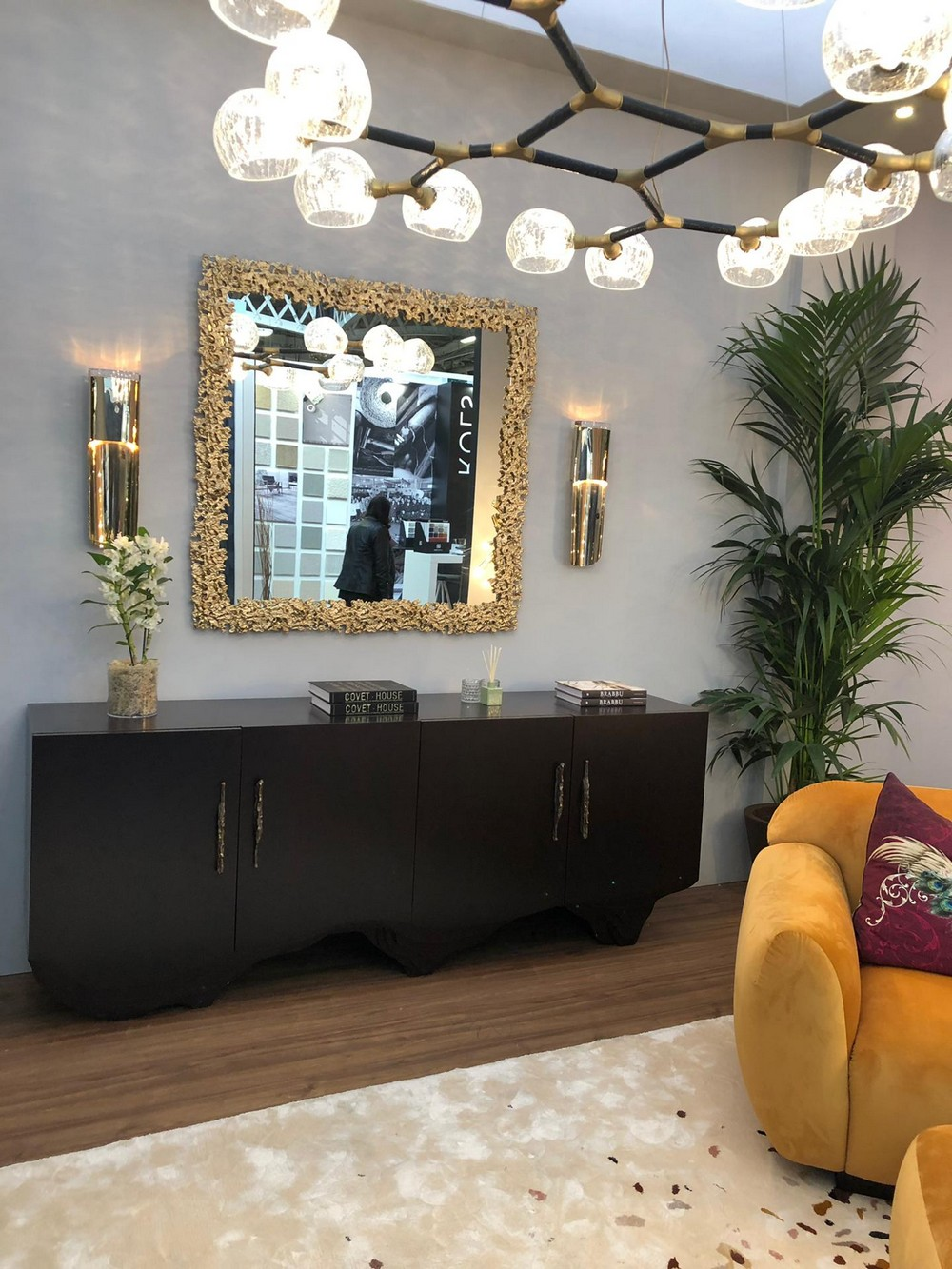 CovetED Unveiled The Best Home Decor Inspirations From Decorex 2019 decorex CovetED Unveiled The Best Home Decor Inspirations From Decorex 2019 CovetED Unveiled The Best Home Decor Inspirations From Decorex 2019 4