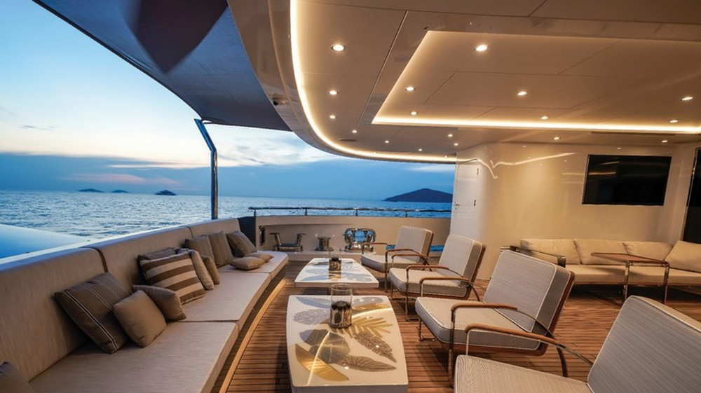 Inside The Luxury Design Of The Sophisticated Lilium Yacht! luxury design Inside The Luxury Design Of The Sophisticated Lilium Yacht! Inside The Luxury Design Of The Sophisticated Lilium Yacht 4