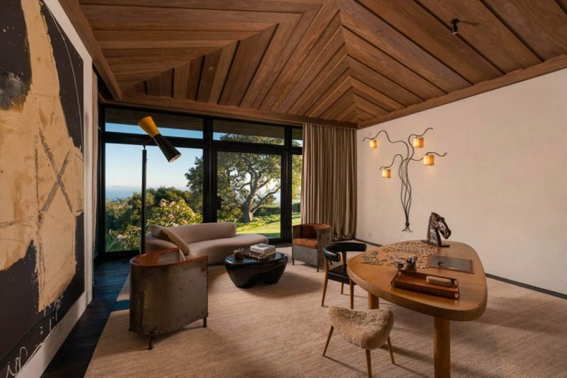 Ellen DeGeneres' Balinese-Style Maison Is Now For Sale  ellen degeneres Ellen DeGeneres' Balinese-Style Maison Is Now For Sale  ellen degeneres balinese style maison now for sale 4
