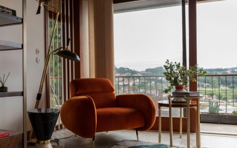 mid-century modern house Inside Tour On The Trendiest Mid-Century Modern House In Porto pZHqacDg 480x300