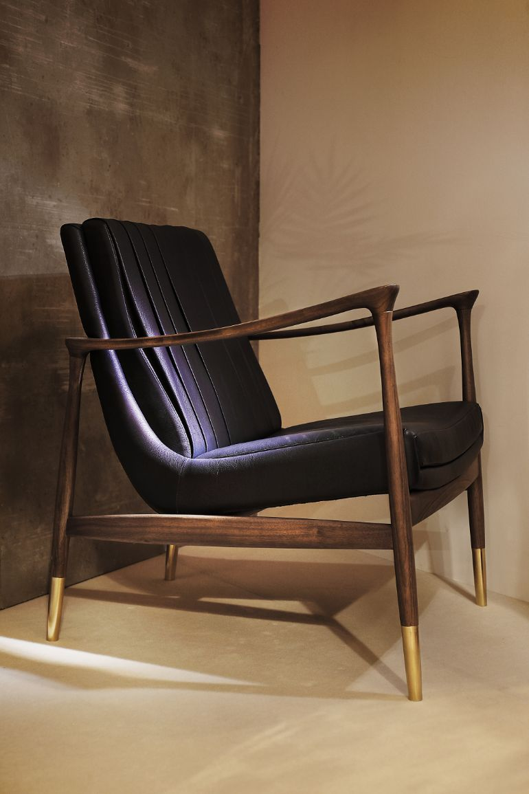 sophisticated armchairs Mid-Century Modern Decor: Sophisticated Armchairs mid century modern decor sophisticated armchairs 2