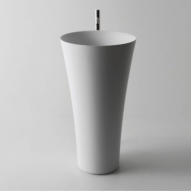 freestanding 15 Modern Freestanding Ideas For Your Bathroom TUBA