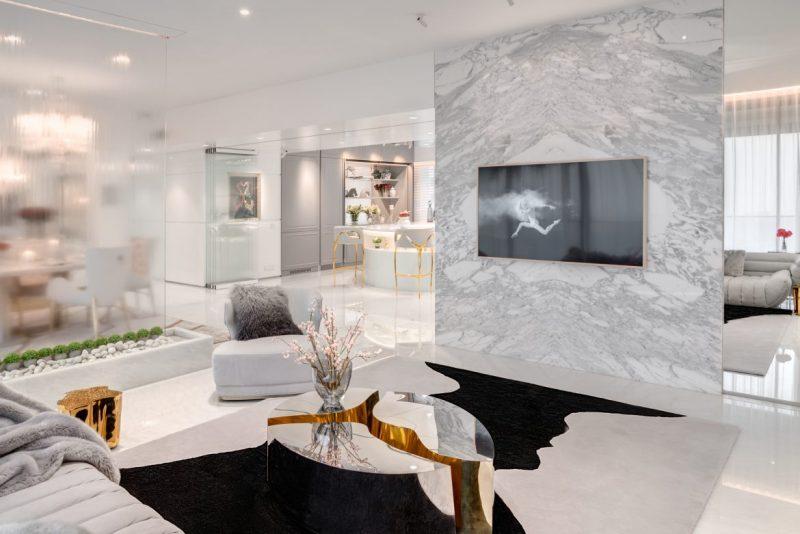 vratika and nakul Vratika & Nakul: Luxurious White And Gold Open Space 1 23