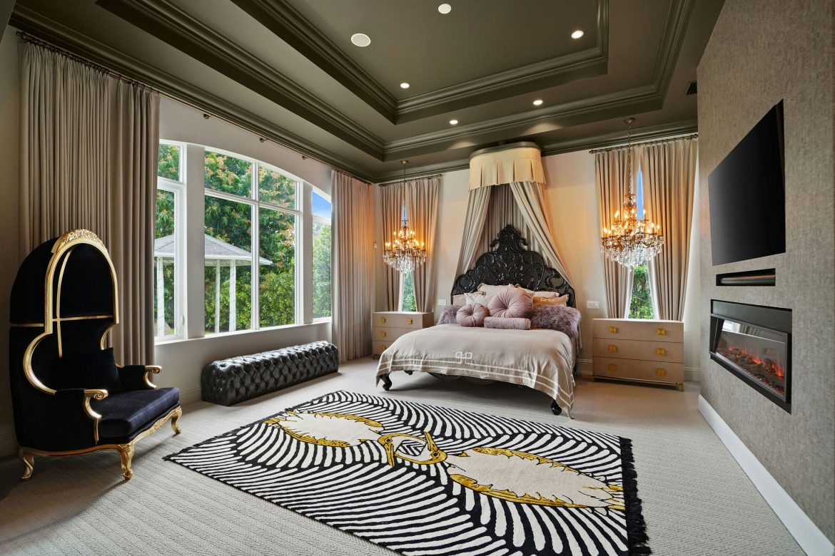 hilary white Step Inside This Amazing Home By Hilary White 5 32