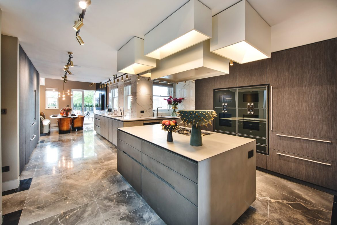 tollgard design group The Best Design Projects By Tollgard Design Group Iconic Penthouse 18 e1573731826323