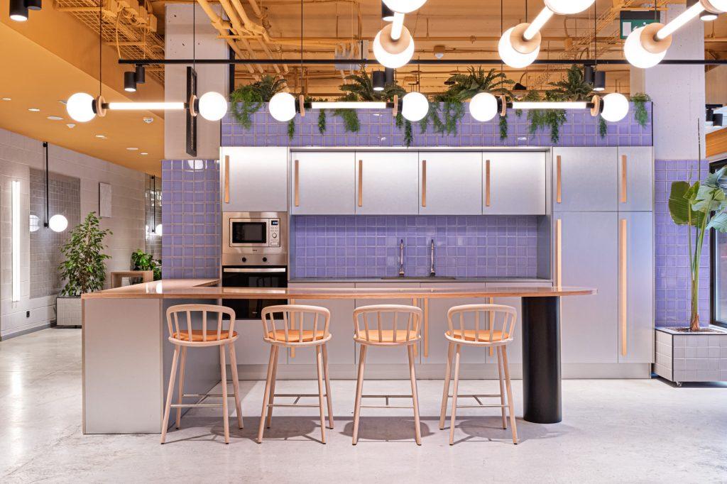 Step Inside The Colorful Design World of Masquespacio