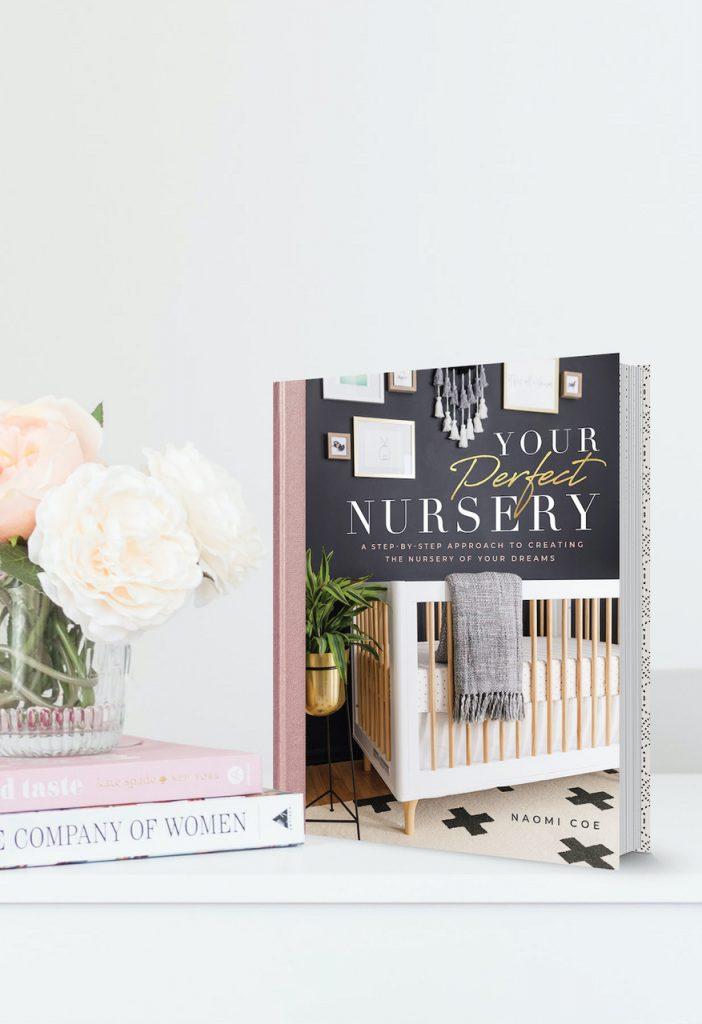 Little Crown Interiors: An Exclusive Interview With Naomi Alon little crown interiors Little Crown Interiors: An Exclusive Interview With Naomi Alon YPN Desk Close 702x1024 1